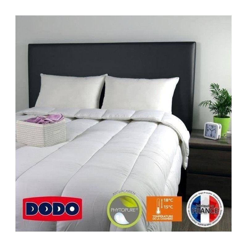 couette tres chaude 220x240 couette satin damass becquet cration trs chaude ou lgre with. Black Bedroom Furniture Sets. Home Design Ideas